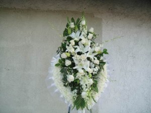 All White Solid Heart Shape Arrangement Spray